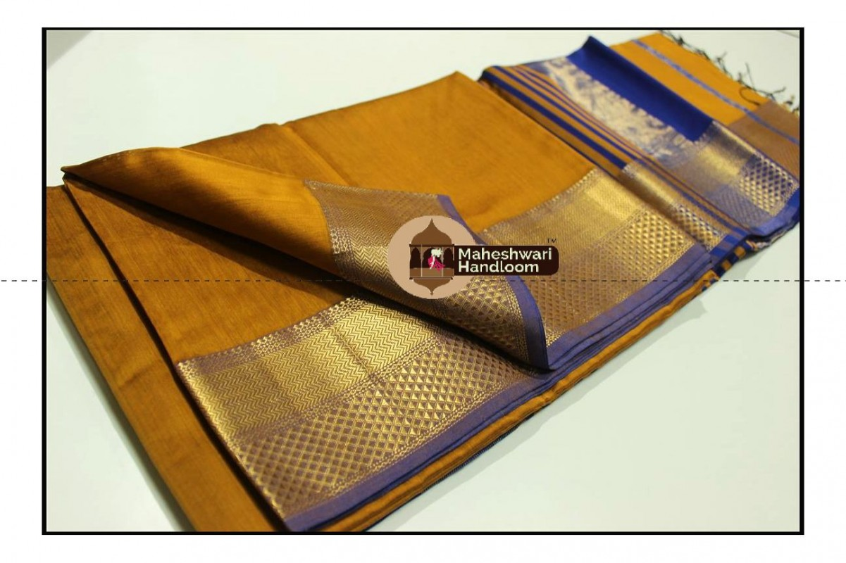 Maheshwari Mustard Yellow Jari Diamond Chatai Border Saree