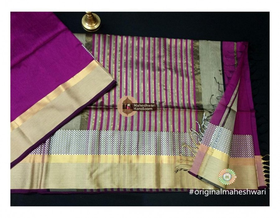Maheshwari Rani Shatranj Border saree