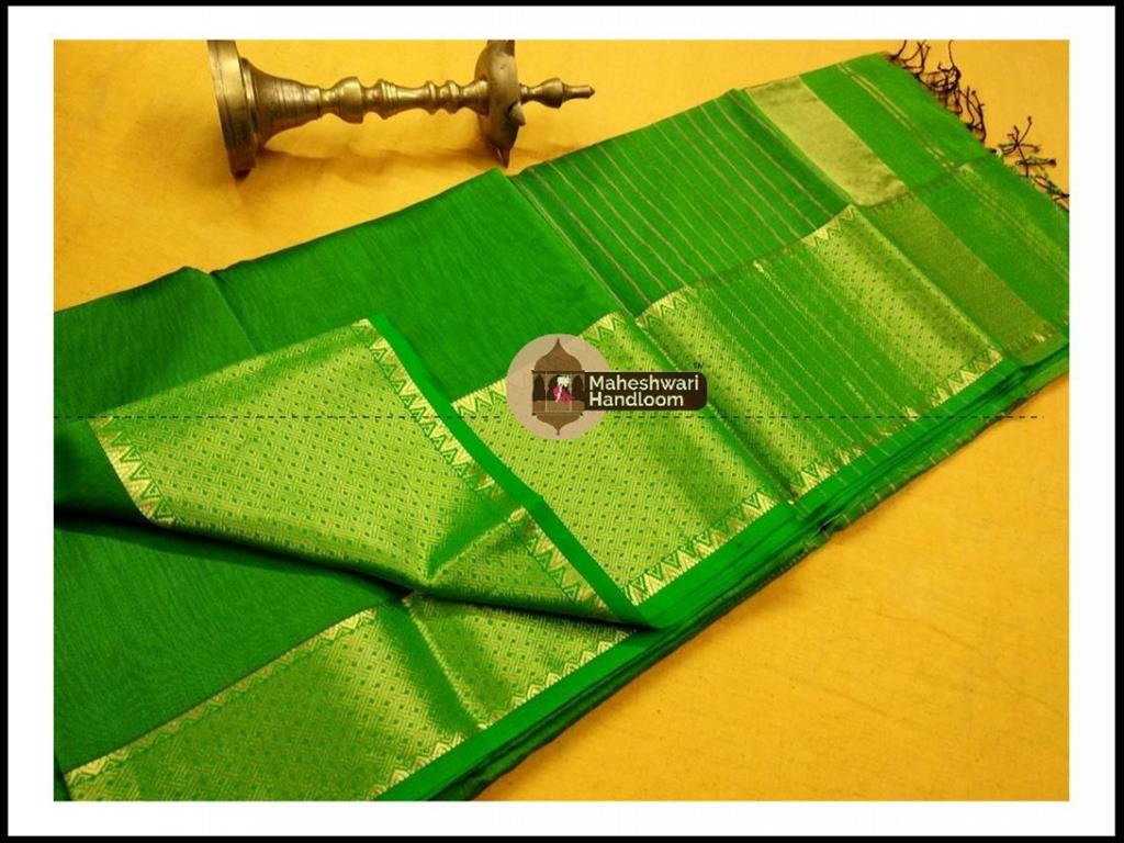Maheshwari  Green Jari skirt Temple Border saree
