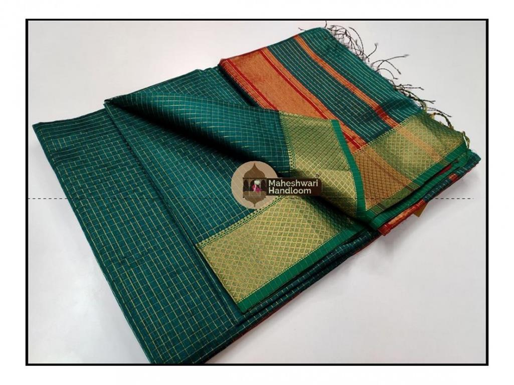 Maheshwari Rama Green  Jari Checkered Weaving Saree With Contrast Red Pallu and Blouse