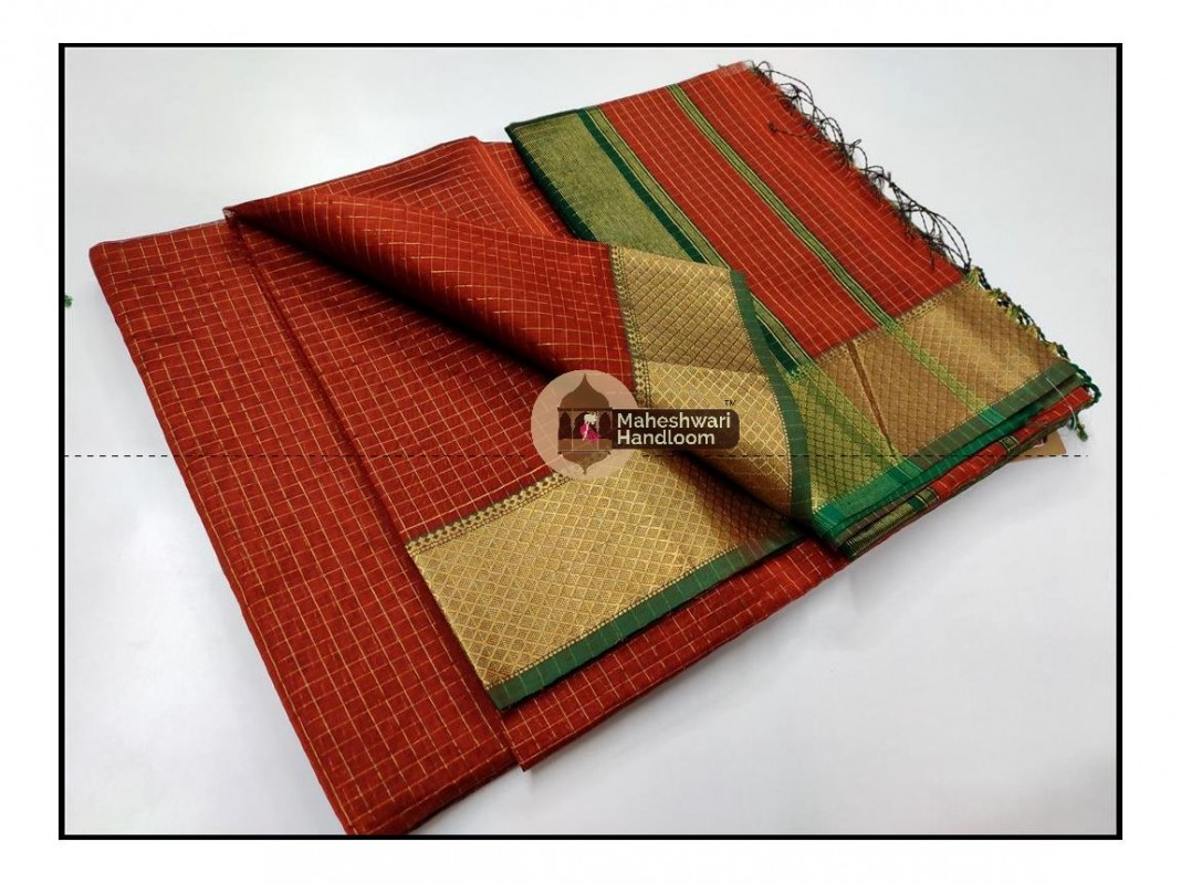 Maheshwari  Rust Checkered Weaving Saree