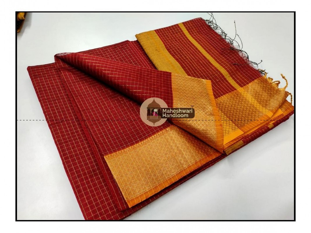Maheshwari Red Jari Checkered Weaving Saree