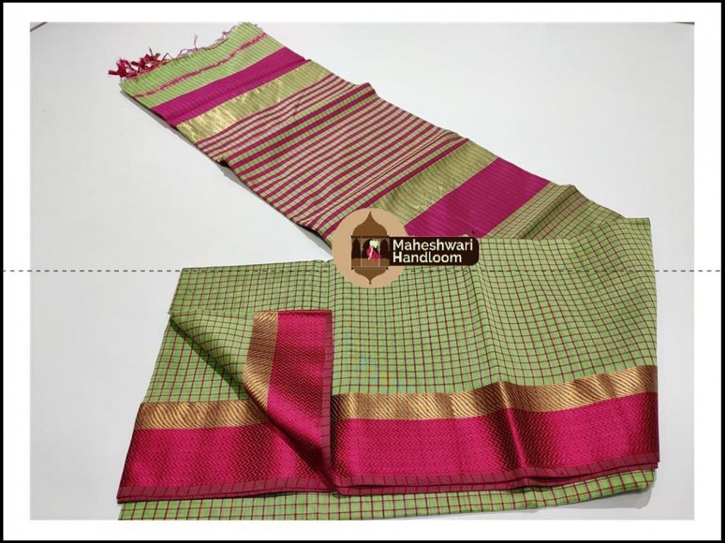 Maheshwari Green Jari Checks Border Saree