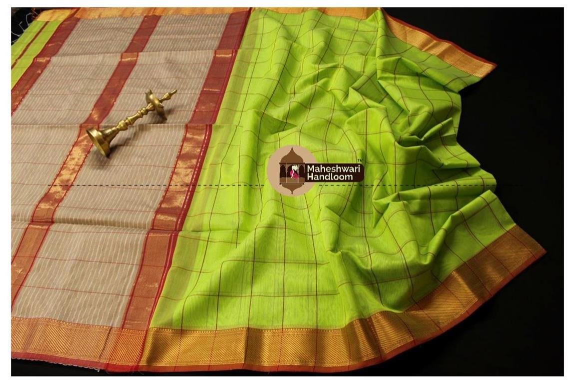 Maheshwari Parrot Green Self Checks Body Saree