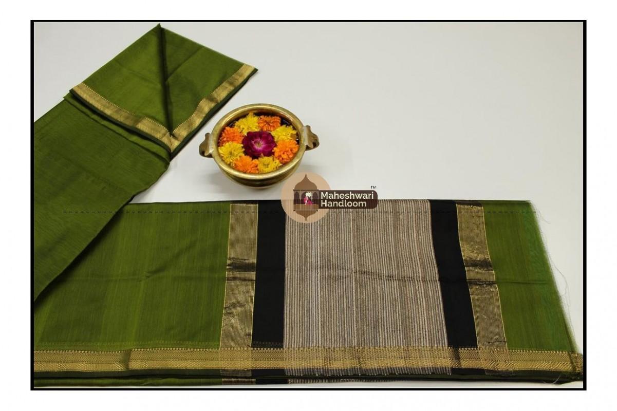 Maheshwari Green Gicha Pallu Saree