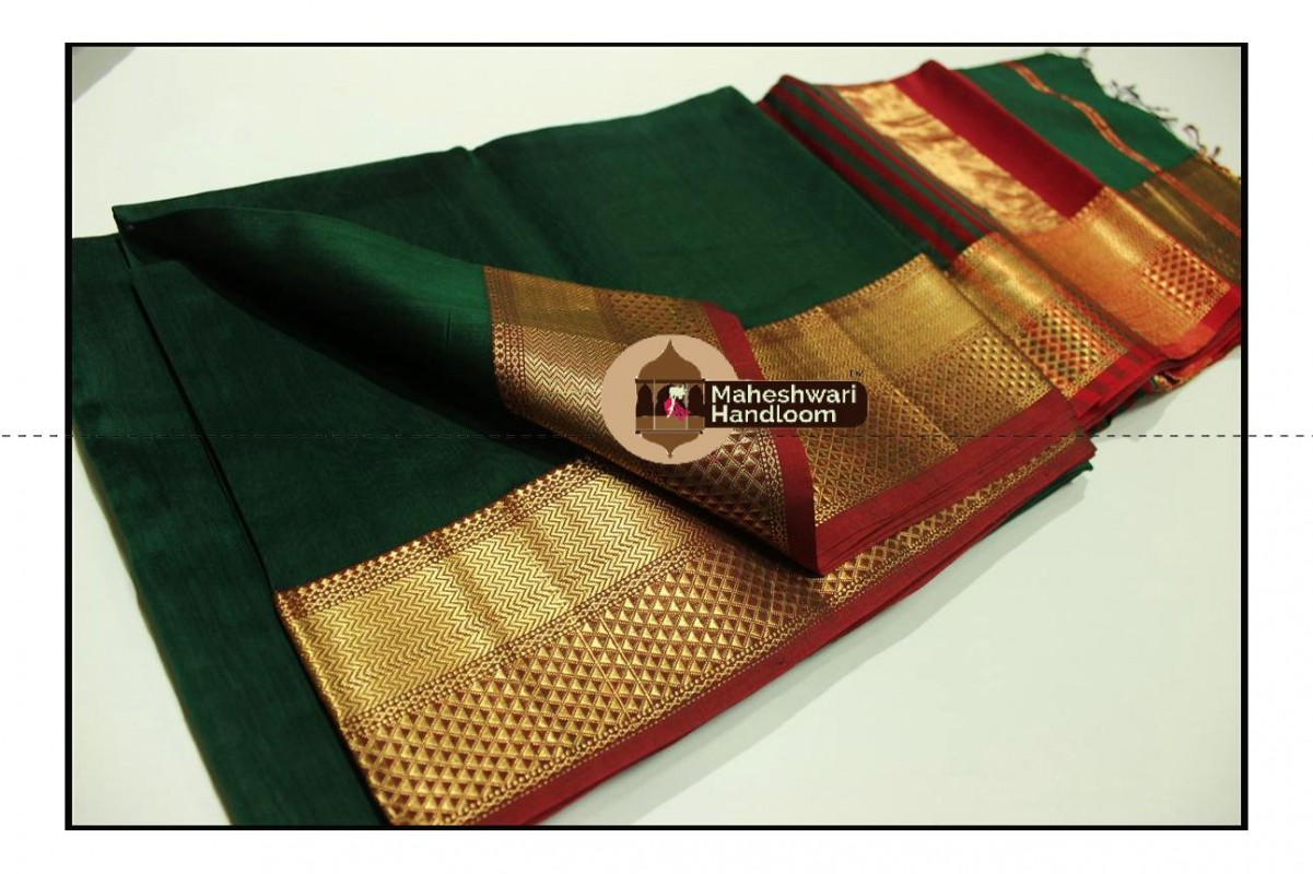 Maheshwari Chutney Green Jari Diamond Chatai Border Saree