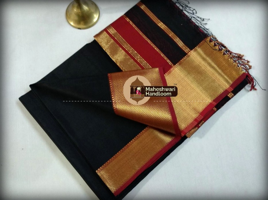 Maheshwari Black Jari skirt Border saree