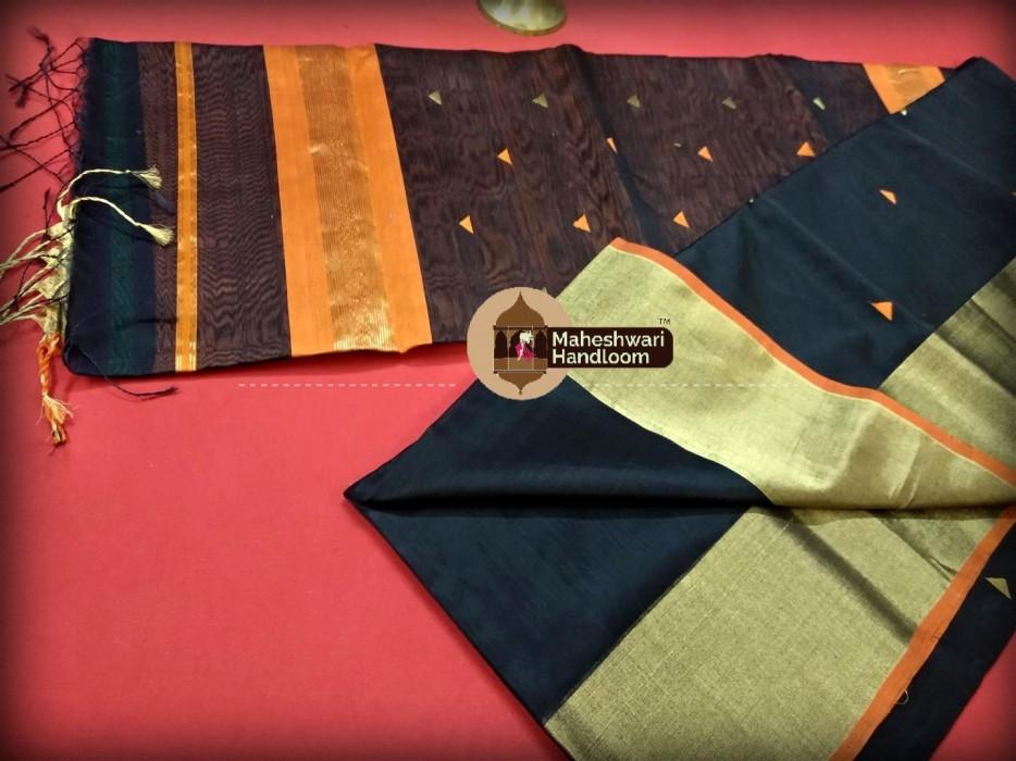 Maheshwari Black Triangle Buti - Motifs Saree