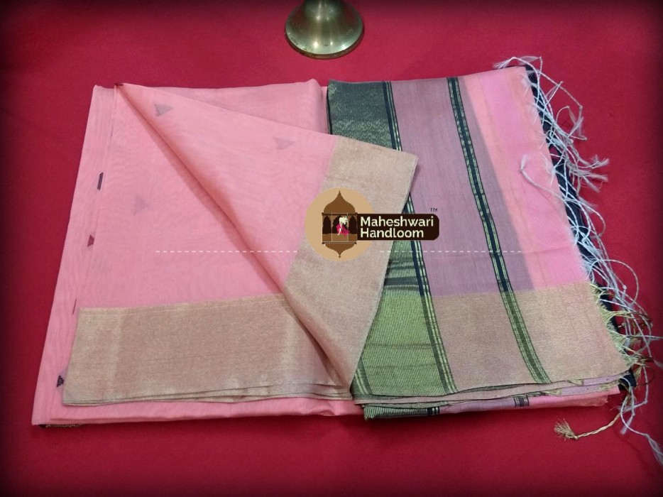 Maheshwari Light Pink Triangle Buti - Motifs Saree