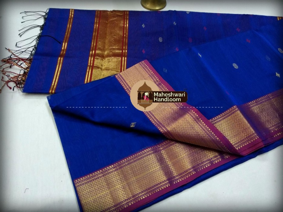 Maheshwari Dark Blue Triangle Buti - Motifs Saree
