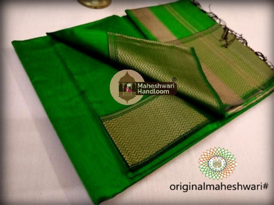 Maheshwari Chutney  Green Resham skirt Border saree