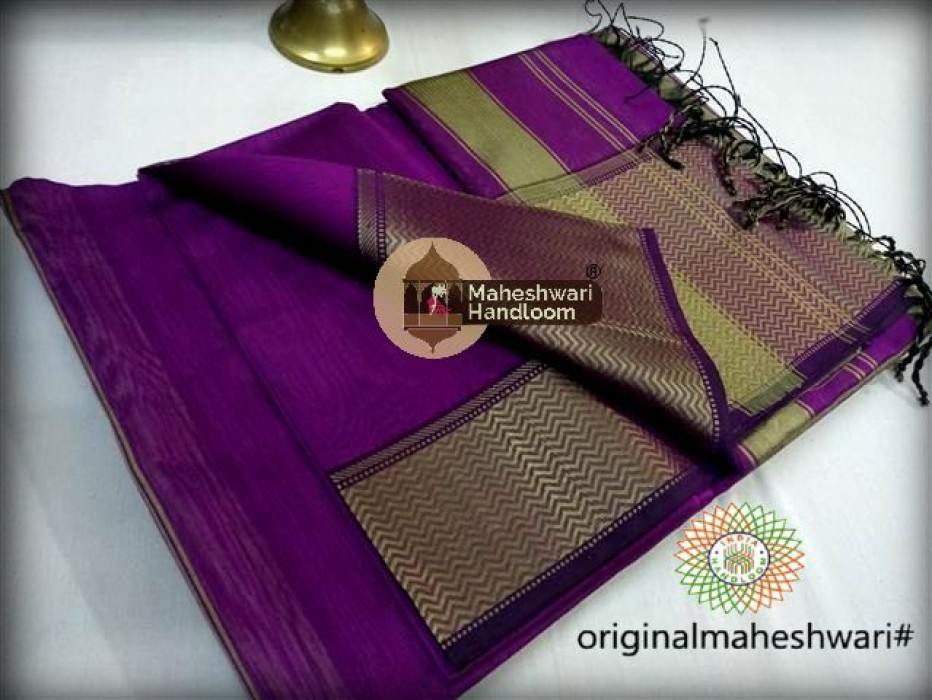 Maheshwari Purple Resham skirt Border saree
