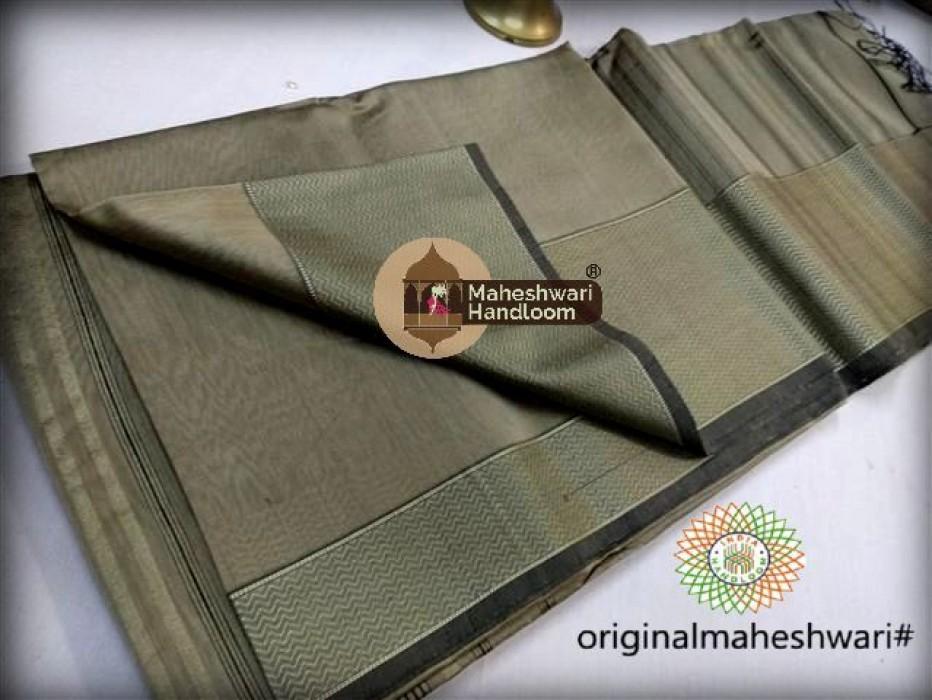 Maheshwari Tussar Resham skirt Border saree