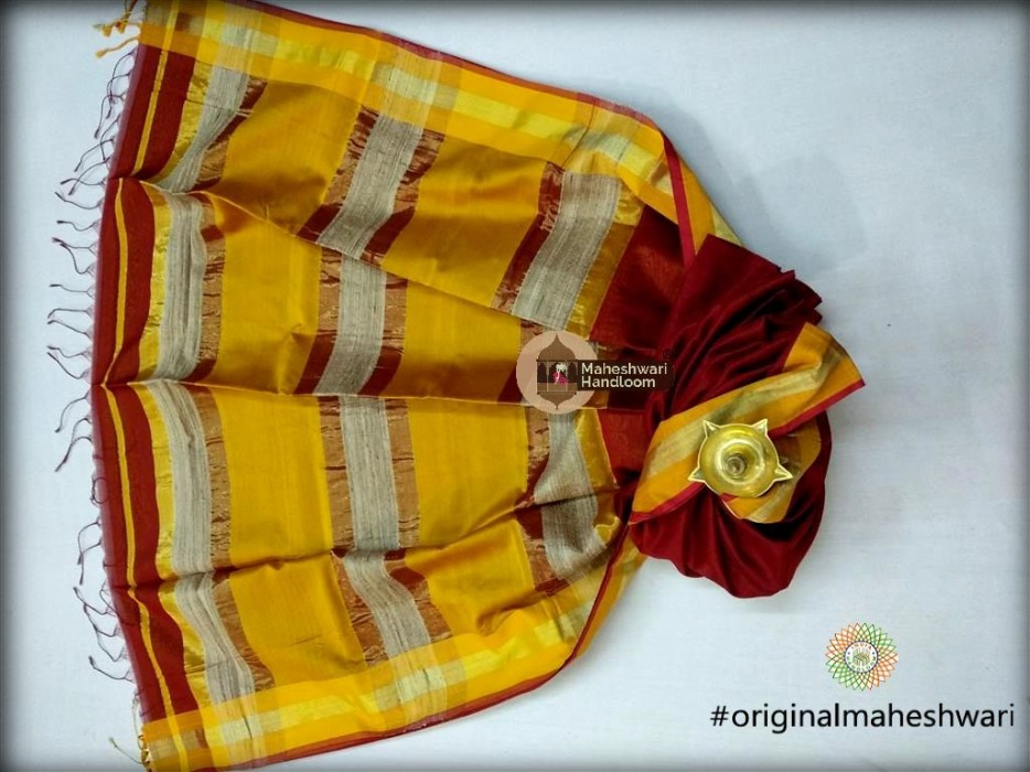 Handwoven Maheshwari Kosa Pallu Red Saree