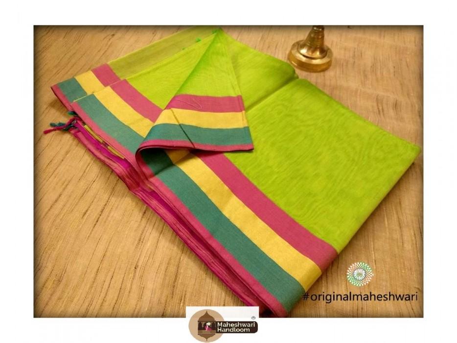 Handwoven Maheshwari  Parrote Green Saree