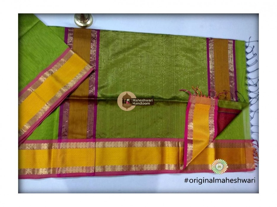 Maheshwari Green Keri buti Border Saree