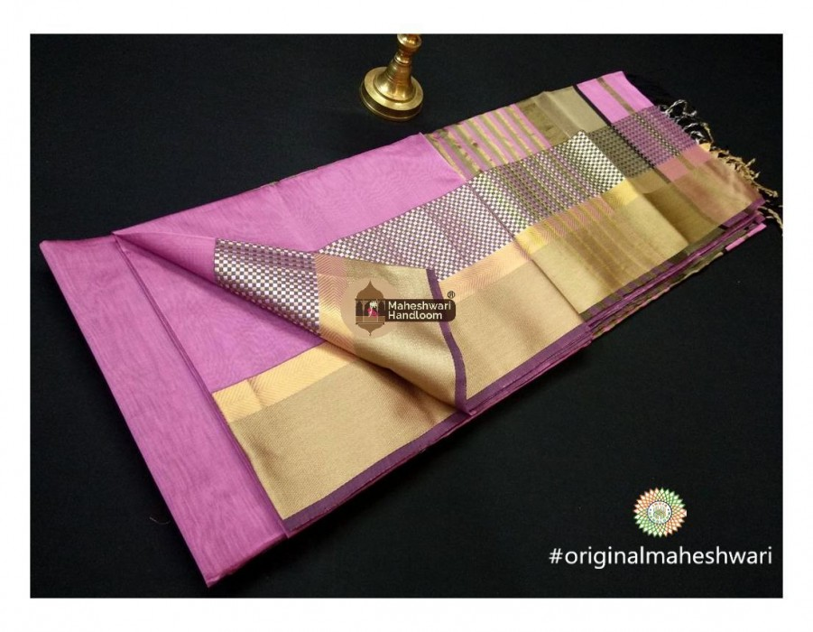 Maheshwari Rose Pink Shatranj Border saree