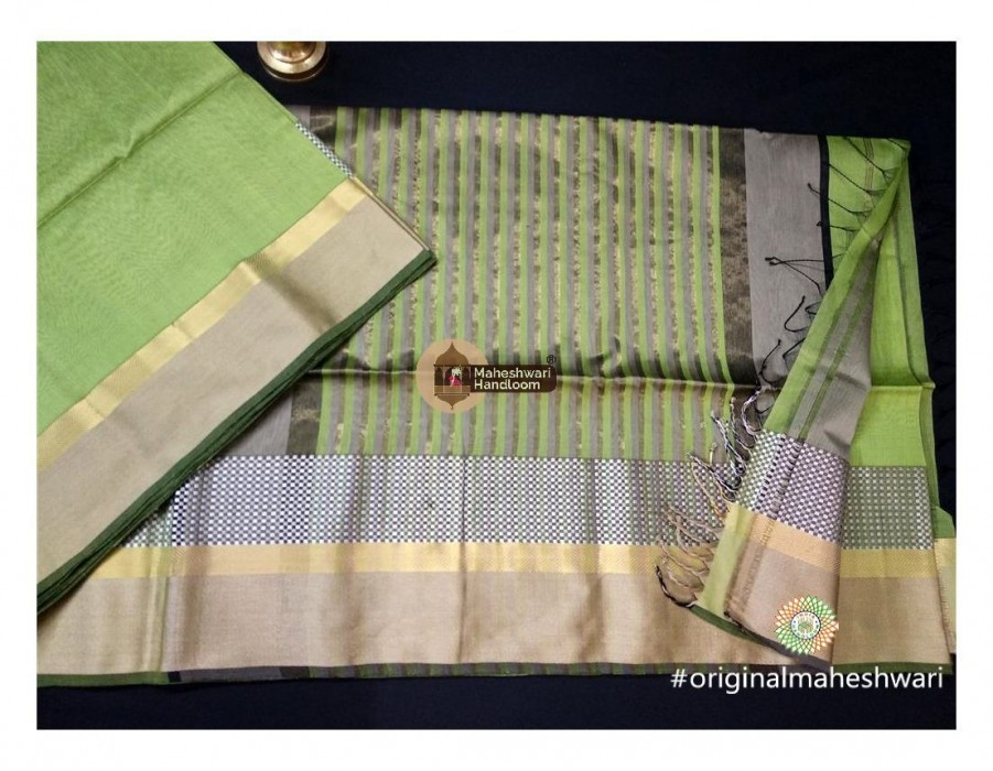 Maheshwari Light Green Shatranj Border saree