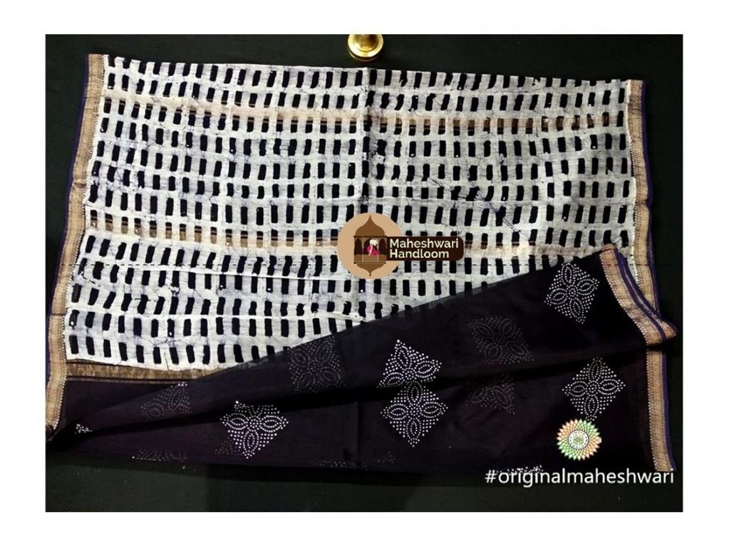 Maheshwari Black Batik Print Saree