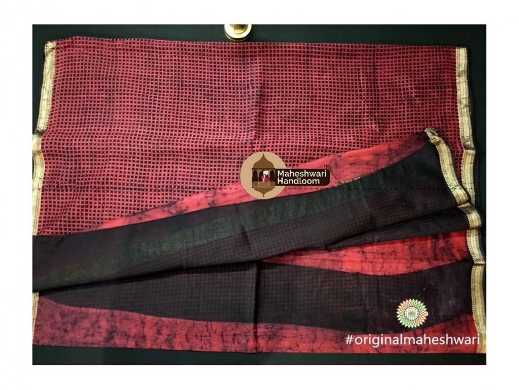 Maheshwari Red Batik Print Saree