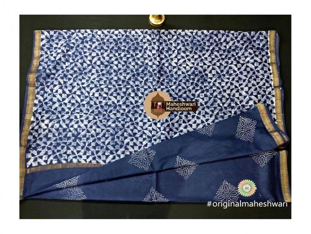 Maheshwari Navy Blue Batik Print Saree