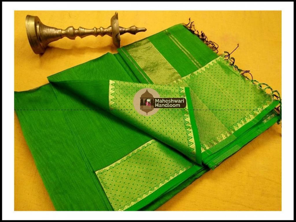 Maheshwari  Green Jari skirt Temple Border saree