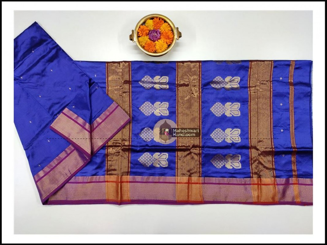 Maheshwari Blue Pure Silk Saree With Buta Buti Weaving