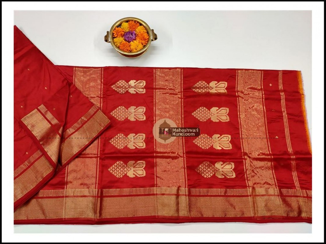 Maheshwari Red Pure Silk Saree With Buta Buti Weaving