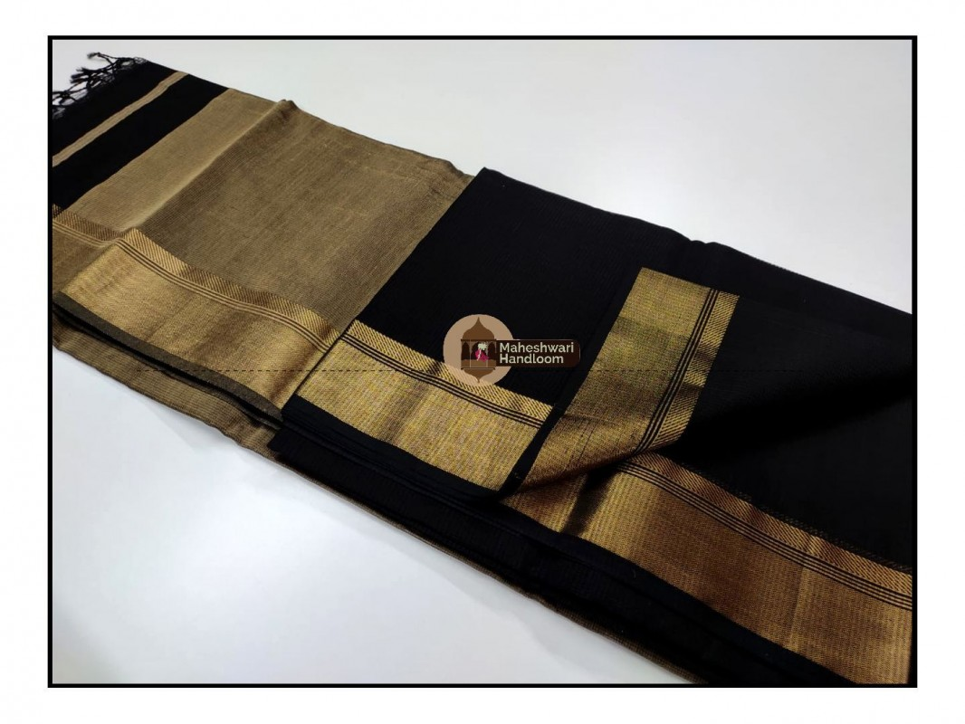 Maheshwari Black Checks Fabric Saree