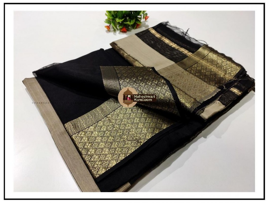 Maheshwari Black Zari Flower Border Saree