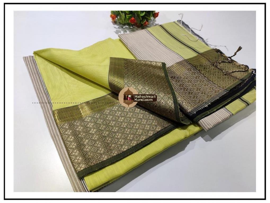 Maheshwari Lite Green Resham Border saree