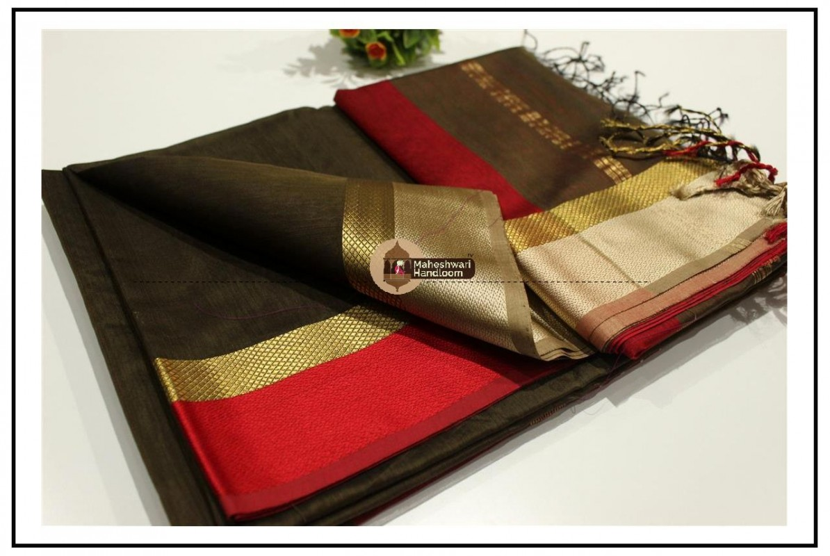 Maheshwari Coffee Colour Resham skirt Border saree