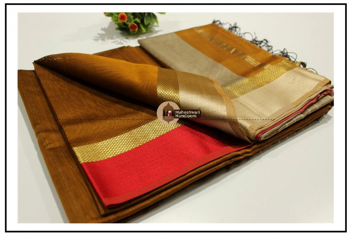 Maheshwari Mustard Yellow Resham skirt Border saree
