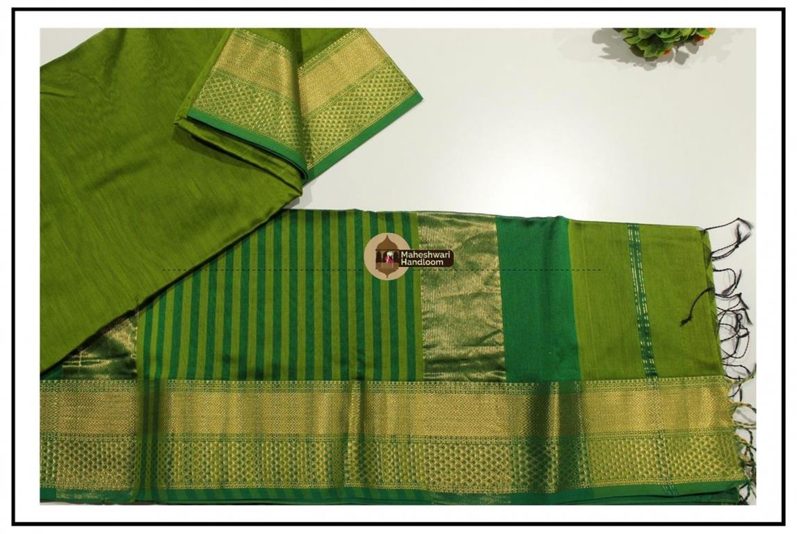 Maheshwari Parrot Green Jari Diamond Chatai Saree