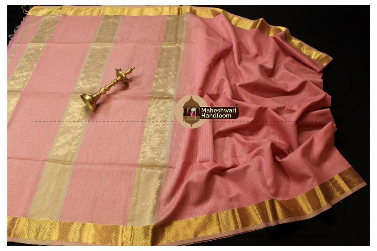 Maheshwari Peach Self Checks Body Saree