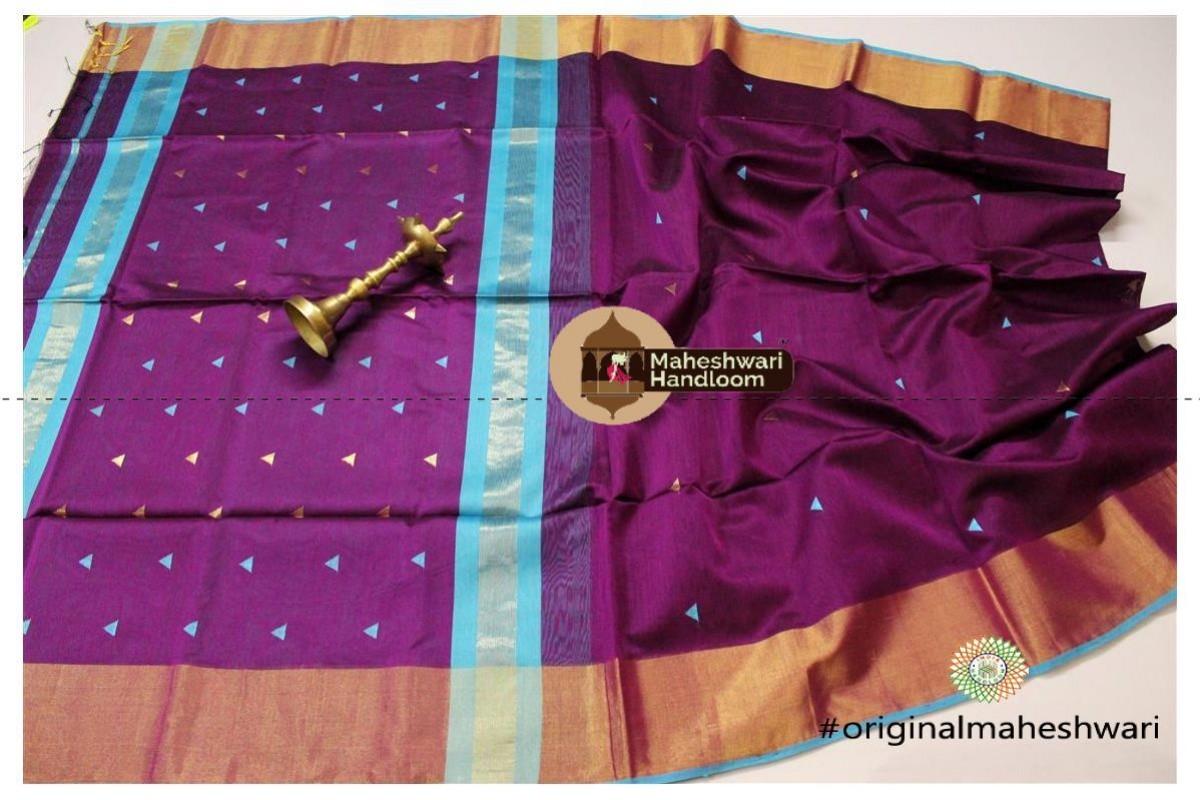 Maheshwari Magenta Triangle Buti - Motifs Saree
