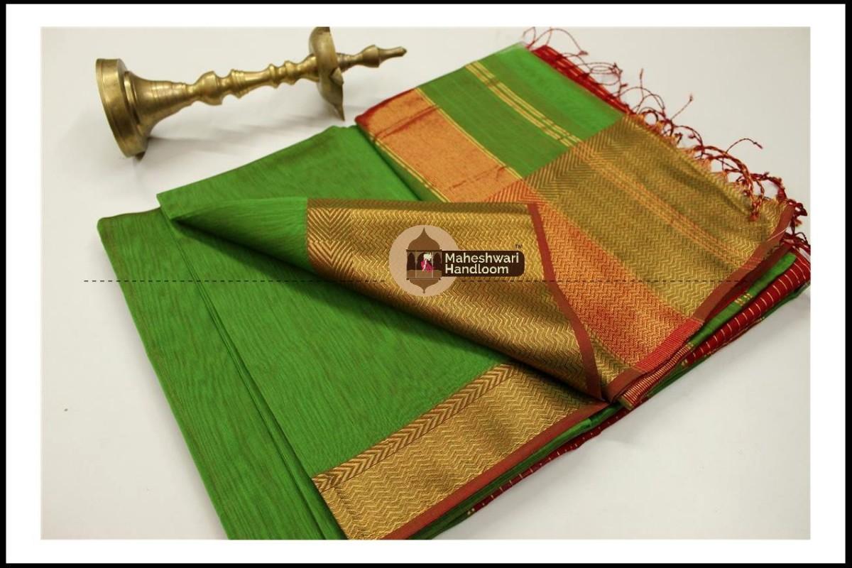 Maheshwari Green Jari skirt Border saree